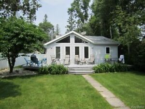 BEAUTIFUL 3 BEDROOM COTTAGE IN WINNIPEG BEACH