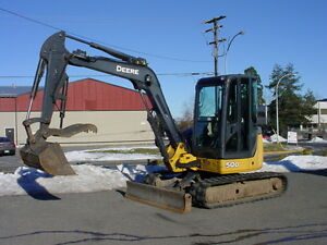 1700 Hours Only  Deere 50D Excavator Hyd Thumb
