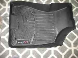 Weather Tech front mats front  2004 - 2009 Sportage and Tucson