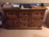 Chest of drawers - Wood