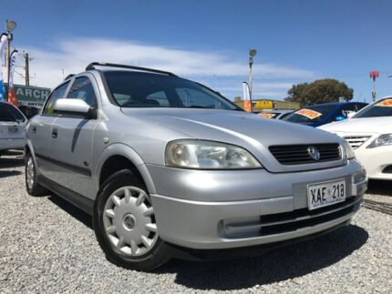 2017 holden astra bl my17 lt silver 6 speed sports automatic sedan 2003 holden astra ts my03 city silver 5 speed manual sedan fandeluxe Images