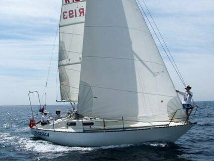 30 ft Yacht (Viking GRP)