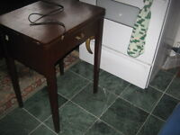 ANTIQUE SEWING MACHINE WORKING IN CABINET