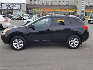2009 Nissan Rogue SL AWD BLACK BEAUTY WITH ONLY 116000KMS