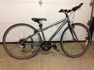 Vélo Devinci Hybride femme XS