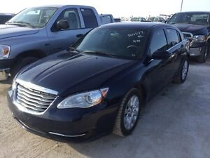 2013 Chrysler 200 LX *Super Low Price!