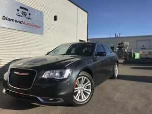 2017 Chrysler 300 Limited CLEAN CARPROOF