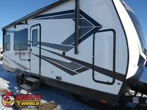 2019 Momentum G-Class 21G Toy Hauler REDUCED FROM $58,980