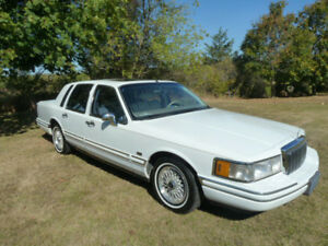 1992 Lincoln Town Car Jack Nicklaus special edition