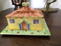 VINTAGE SHORTER BUTTER DISH FAB CONDITION