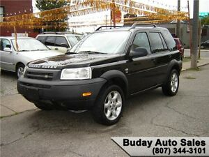 2003 LAND ROVER FREELANDER SE  AWD.