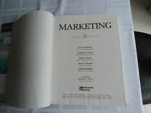 USED BOOK : MARKETING, FIFTH CANADIAN EDITION, BERKOWITZ,CRANE,K Kitchener / Waterloo Kitchener Area image 3