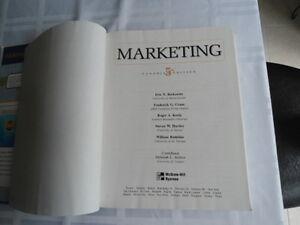 USED BOOK : MARKETING, FIFTH CANADIAN EDITION, BERKOWITZ,CRANE,K Kitchener / Waterloo Kitchener Area image 3