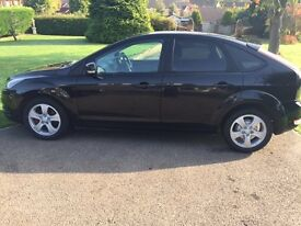 Ford Focus 1.6 (59 Plate) REDUCED PRICE(100ps) Zetec 5d in Black.**NEW MOT**NEW SERVICE**HPI CLEAR**