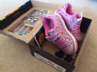 Heelys roller shoes - size 13, pink & silver, double wheel, boxed & in great condition