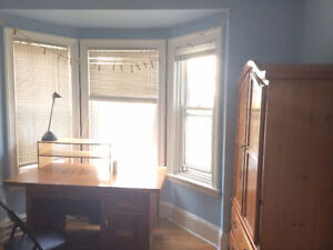ONE LARGE BEDROOM CLOSE TO DALHOUSIE (FEMALIE ONLY)