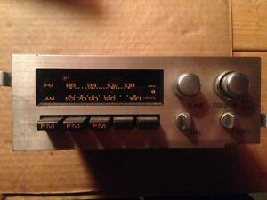 Clarion Radio  - 1985 Pulsar radio
