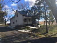 Great 9 Acre Property for Home Occupation Opportunity!