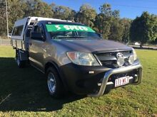 2005 Toyota Hilux TGN16R Workmate 5 Speed Manual Clontarf Redcliffe Area Preview
