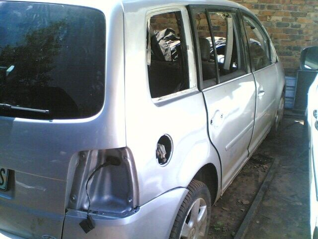 TOURAN 1.9 TDI STRIPPING
