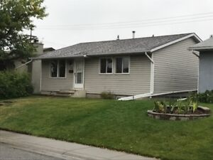 REDUCED 3br House (Main Floor) Large Double  Garage  available