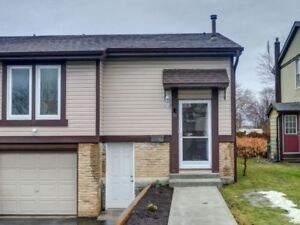 Move In Condition Semi-Detached Raised Bungalow!