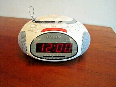 Sony Psyc Dream Machine ICF-CD832: CD Player/AM FM Radio/Alarm Clock, White