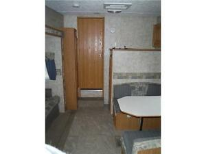2007 Pilgrim 252RKS Rear kitchen 5th Wheel Trailer with slideout Stratford Kitchener Area image 8