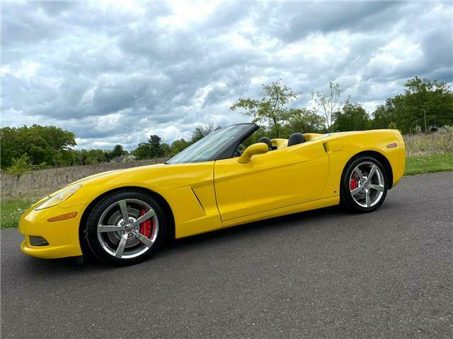 2008 Yellow Chevrolet Corvette  3LT | C6 Corvette Photo 6