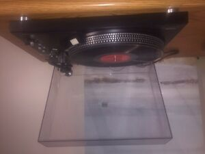 Technics SL-2000 2 speed direct drive turntable