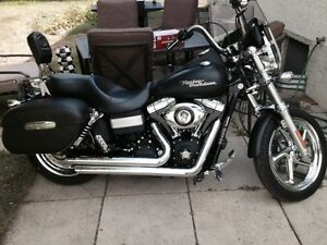 PRICE REDUCED! Customized Dyna Street Bob LOADED WITH UPGRADES!!