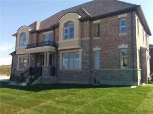 Aurora St John's / Leslie 1 Year New 4B+4W House for Lease