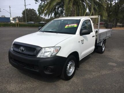 2009 Toyota Hilux TGN16R Workmate White Manual Cab Chassis