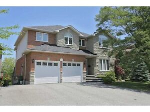 Spacious 4+1 House with Finished Walkout Basement in Ancaster