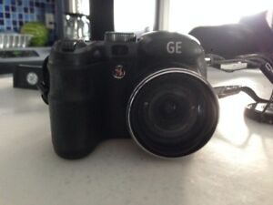 GE DIGITAL BLACK 16MP CAMERA, STRAP and CARRYING CASE