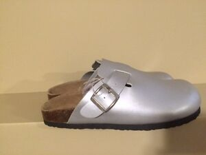 Rasolli Women's Silver Clog Sandals - Size 8.5 - Brand new!