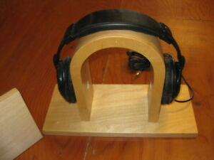 Custom Made & Very Unique Stereo Head Phone Stand