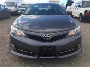 2014 Toyota Camry SE - 4 Cyl