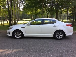 2014 Kia Optima LX Berline 44000 km