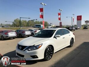 2018 Nissan Altima 2.5 SV- Local, One Owner! Low KM!