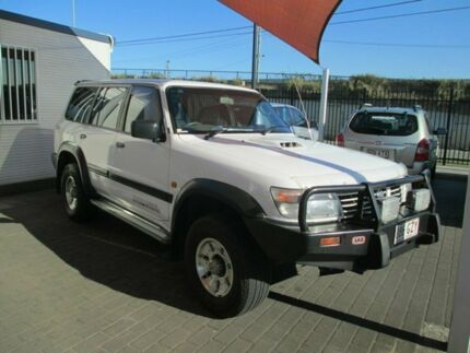 2001 Nissan Patrol GU II ST (4x4) White 4 Speed Automatic 4x4 Wagon Coopers Plains Brisbane South West Preview