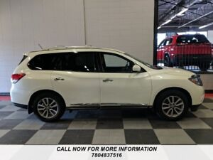 2015 Nissan Pathfinder AWD,SL,Leather,Back Up Camera, 3rd Row Se
