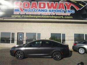 2016 Chrysler 200 S   3.6   Pentastar  Loaded!