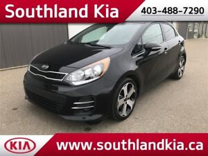 2016 Kia Rio SX Hatchback **LEATHER-NAV-SUNROOF**