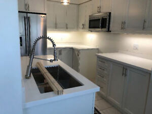 GRANITE & QUARTZ COUNTERTOP SALES!! FREE SINK!! FREE VANITY!!