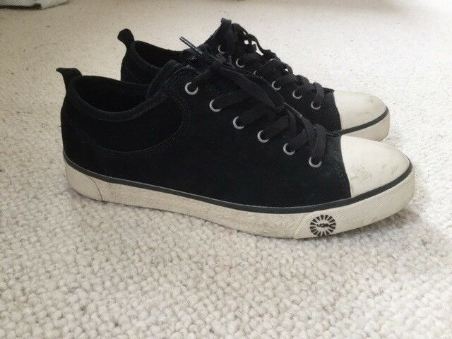 67e72ba8cf6bd4 UGG Casual Converse Style Trainers. Suede with Classic Ugg Fur Lining.  Brand New
