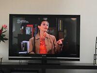 Sony Bravia 32 inch LCD TV - model: KDL-40V55/56xx