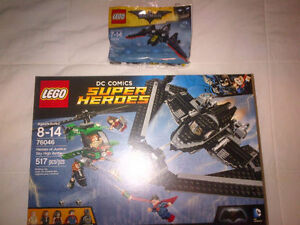 LEGO 76046 Heroes of Justice + 30524 Mini Batwing