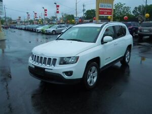 2016 JEEP COMPASS HIGH ALTITUDE 4X4- POWER GLASS SUNROOF, HEATED