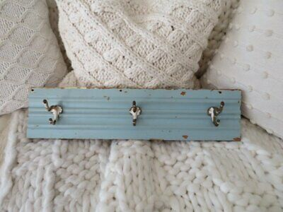 AWESOME OLD ARCHITECTURAL WOOD HANGER with 3 HOOKS CHIPPY Blue PATINA